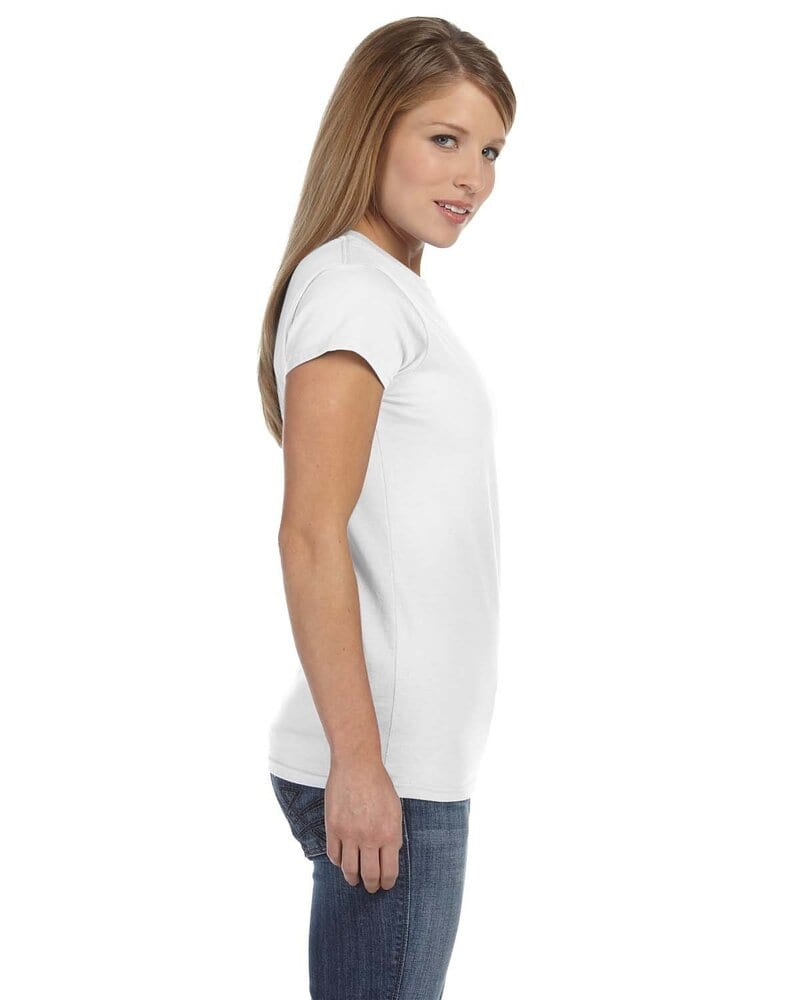 Gildan 64000L - Fitted T-Shirt