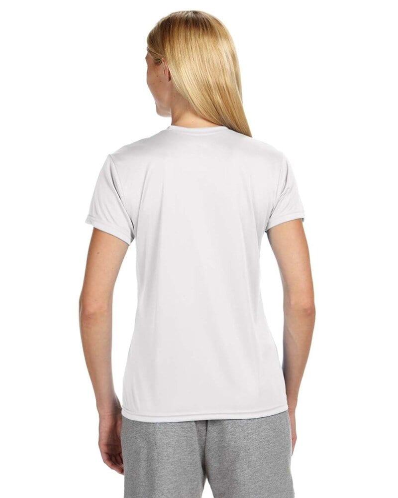 A4 NW3201 - Remera de cuello redondo de alto rendimiento para mujeres