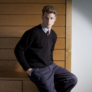Henbury H730 - Mens V Neck Lambswool Jumper
