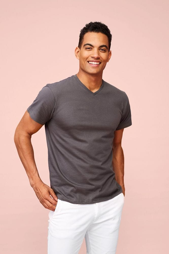 Sol's 11150 - Men's V-Neck T-Shirt Victory