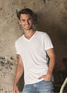 B&C BC044 - Camiseta Cuello V para Hombre