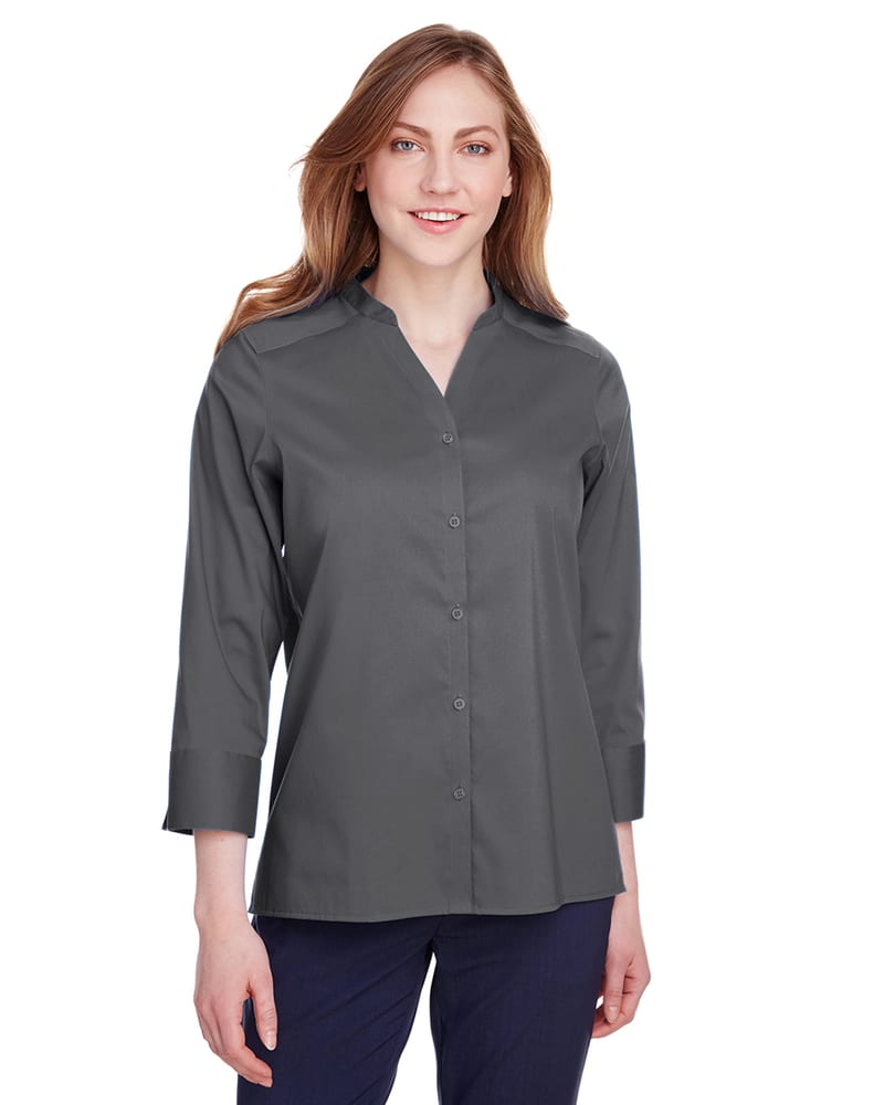 Devon & Jones DG560W - Ladies Crown  Collection Stretch Broadcloth 3/4 Sleeve Blouse