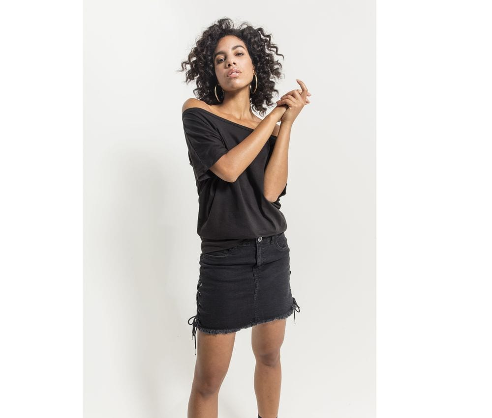 Build Your Brand BY108 - T-shirt woman mc wide neckline