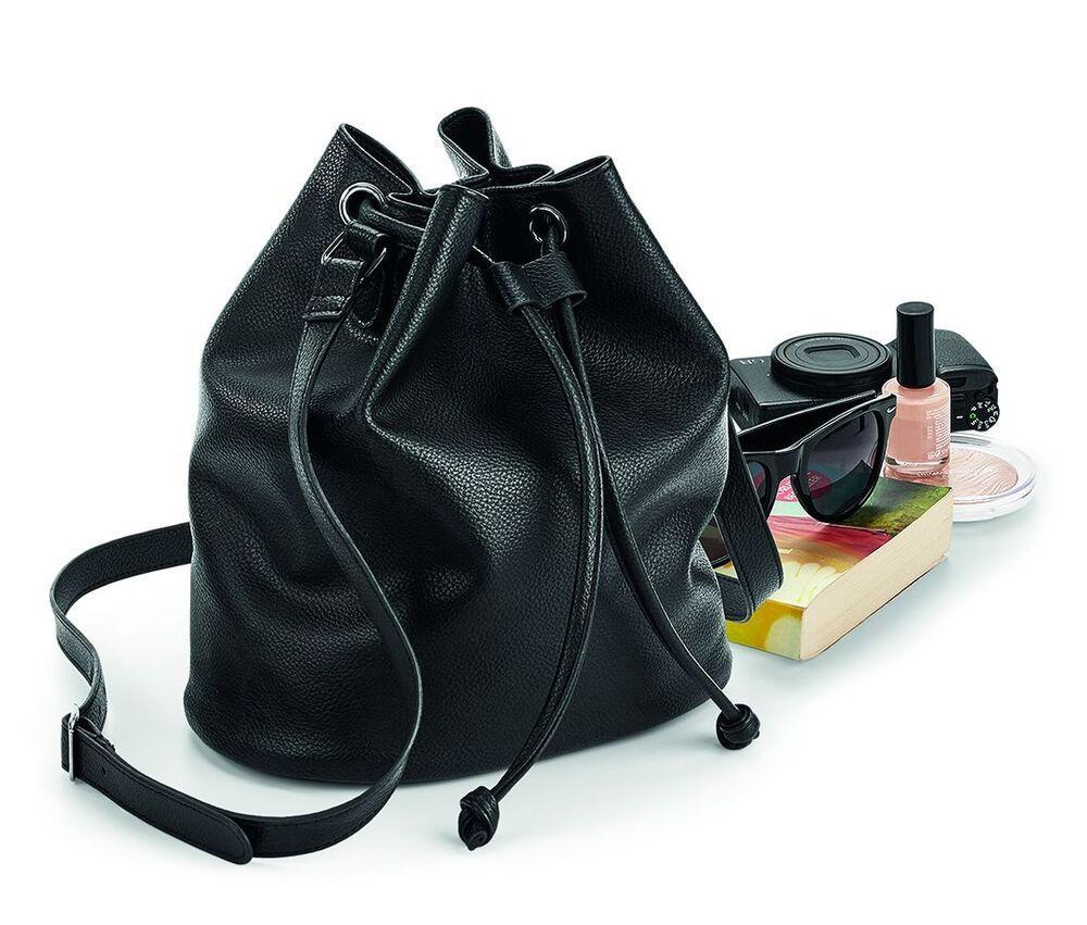 Quadra QD886 - Bucket bag NuHide™