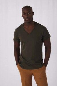 B&C CGTM044 - Organic Cotton Inspire V-neck T-shirt