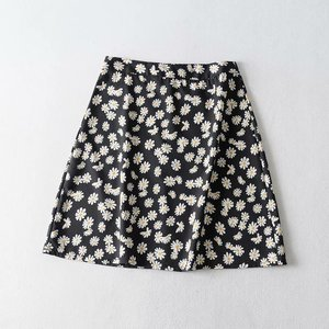 Needen AY076 - Daisy print skirt