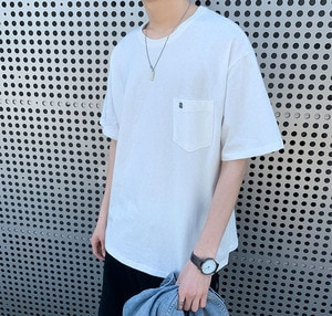 Tee shirt manches courtes oversize poches brodé