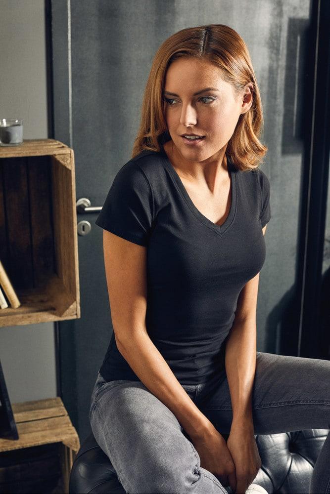 Promodoro 3086 - Women's Slim Fit V-Neck-T