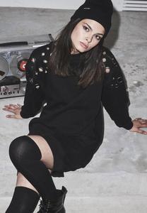 Urban Classics TB2337 - Robe pour dames tissu sweatshirt oeillet