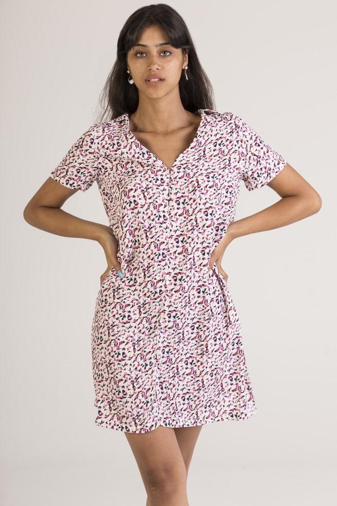 SWEEWE 1RB1 - Floral dress with V neckline