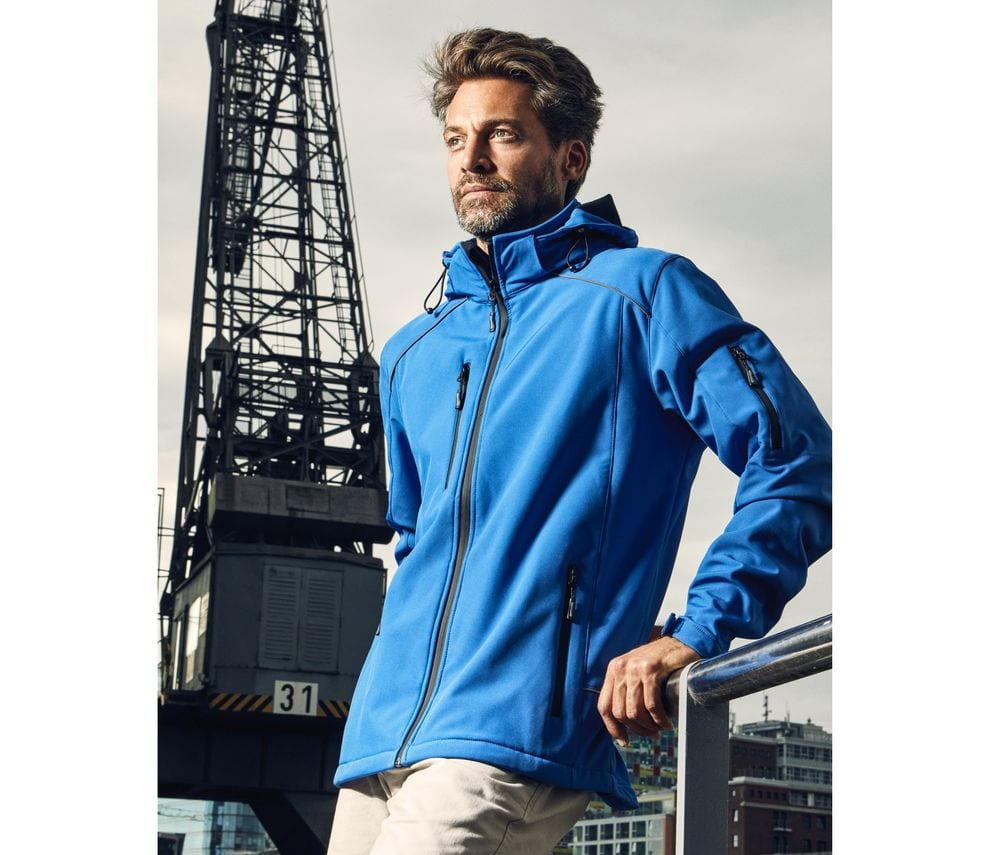 3-layer-men's-softshell-jacket-Wordans
