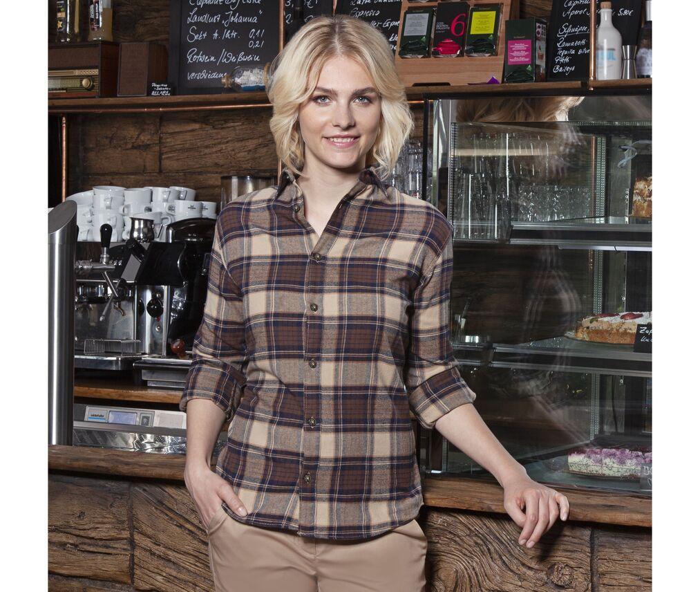 Urban-Trend-women's-checked-shirt-Wordans