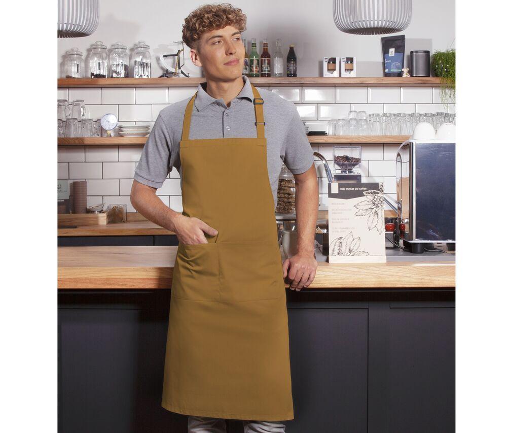 Basic-bib-apron-with-buckle-and-pocket-Wordans